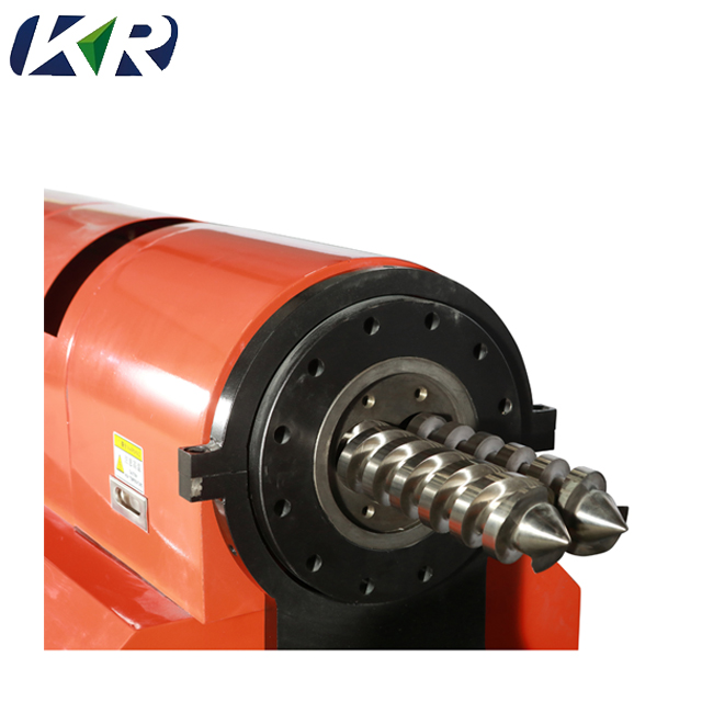 Counter Rotating Twin Screw Extruder4