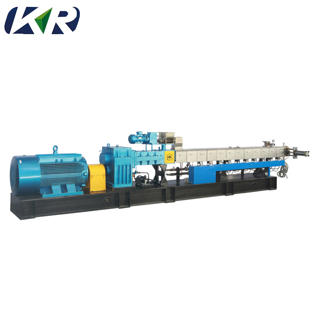 Twin-Screw-Extruder-for-Engineering-Plastic